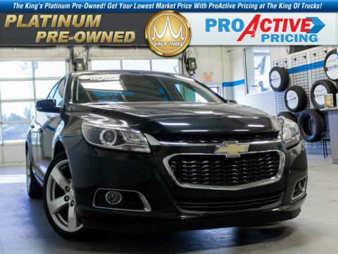 Pre-Owned 2015 Chevrolet Malibu LTZ - Sunroof - Leather Seats FWD Sedan